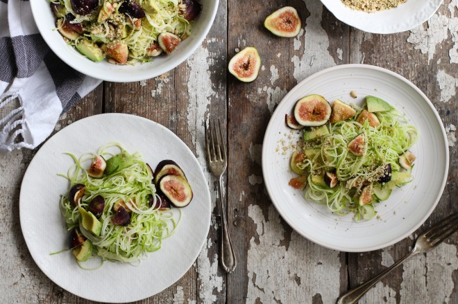 fig-zucchini-pasta-with-hemp-seed-crumble-two-plates-660x439